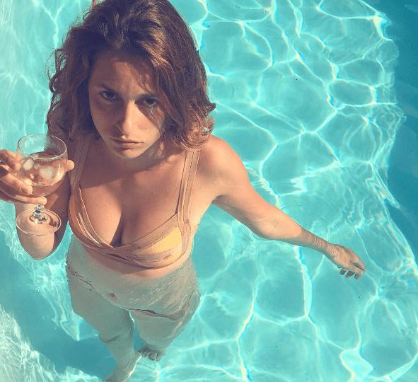 Louise Delage, Instagram Influencer?